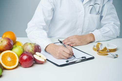 Nutritionniste indépendant: quelle formation suivre et comment débuter?
