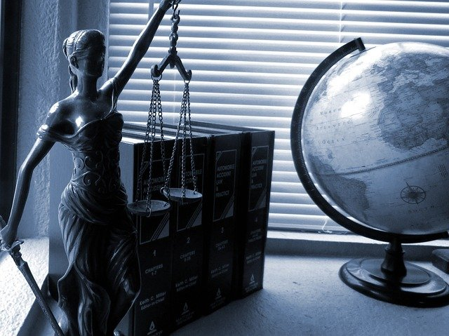 Comment choisir son avocat pour un divorce?